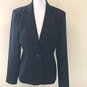🌿Hugo Buscati Collection Fitted Blazer